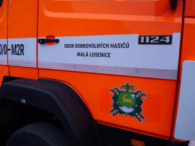Pořízení požární cisterny MERCEDES - BENZ.
