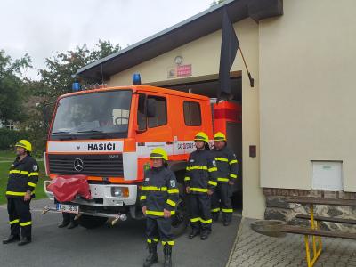 Uctění památky dvou hasičů jednotky Sboru dobrovolných hasičů obce Koryčany, zesnulých při výbuchu rodinného domu v Koryčanech.